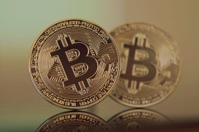 Wer sich im Traden von Kryptowährungen versuchen möchte, benötigt zunächst einmal eine entsprechende Handelsplattform