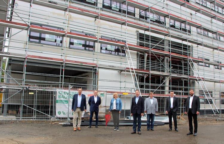 Photo of Richtfest – Erweiterungsgebäude der AGewiS