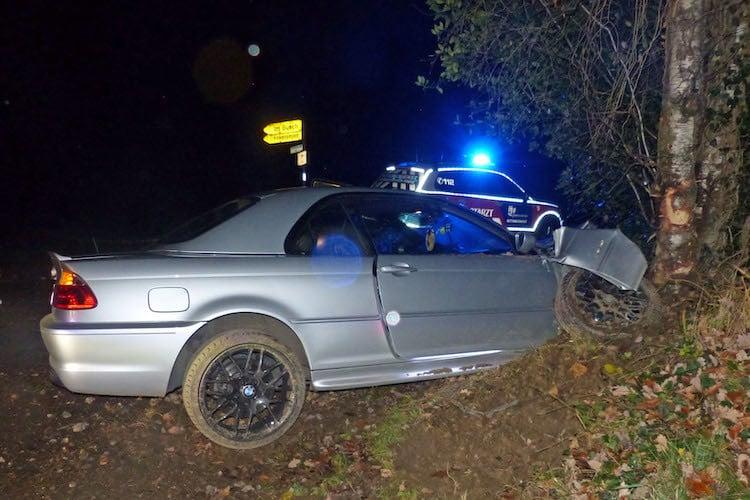 Bild von Reh ausgewichen: Verkehrsunfall in Schmittensiepen
