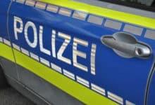 2021-04-26-Polizei-3-Rollerfahrer-Verkehrsunfall-Herreshagen-Ladendiebstahl-Supermarktparkplatz-Siegesfeier-Hackenberg-Bickenbach-Laternenmast-Laemmer-B237-Verletzungen-Toetungsdelikt