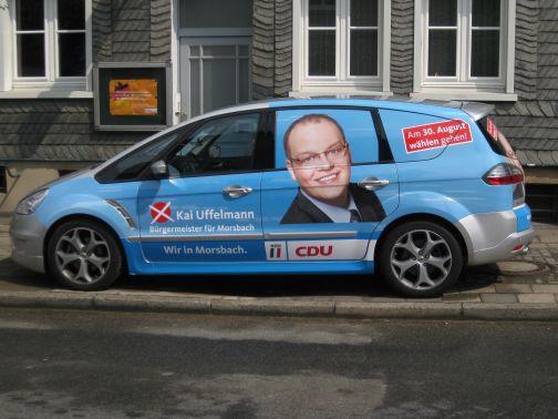 Einfach die Telefonnummer Morsbach 1000 wählen, dann werden Wählerinnen und Wähler kostenlos zeitnah und bequem in ihr Wahllokal gefahren.